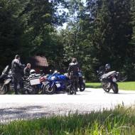 kurvenjäger | motorradfahrer-unterwegs-de-kurvenspass-bayrischer-wald-5
