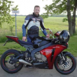 Motorradfahrer-Gruppen, Tour Guides & Feierabend-Runden