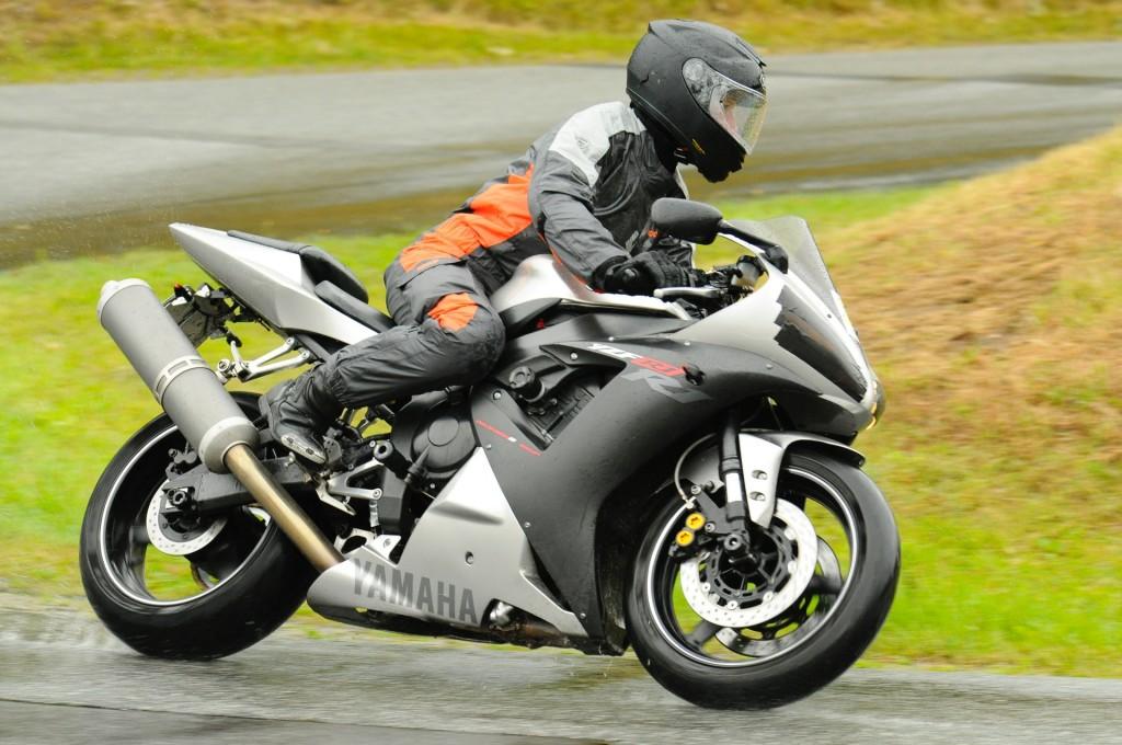 kurvenjäger | motorradfahrer-unterwegs.de auf der Rennstrecke (8)