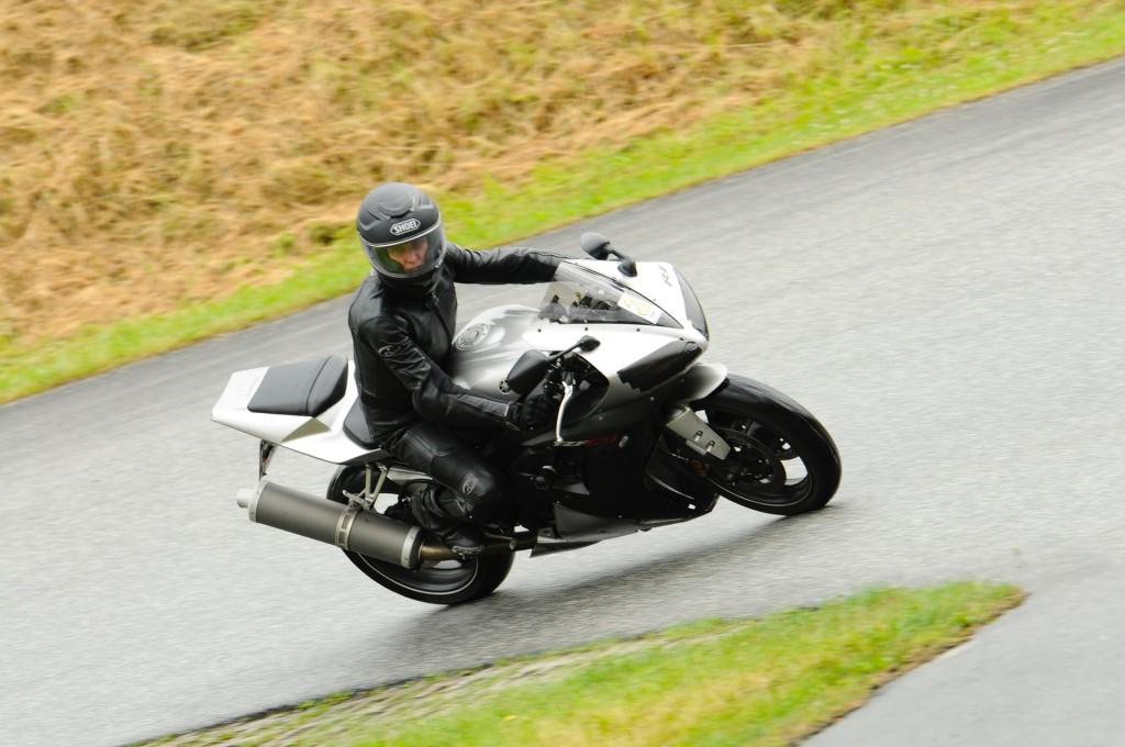 kurvenjäger | motorradfahrer-unterwegs.de auf der Rennstrecke (11)
