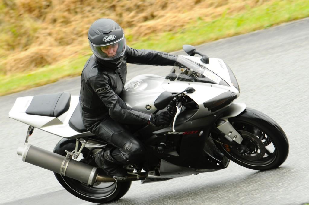 kurvenjäger | motorradfahrer-unterwegs.de auf der Rennstrecke (10)