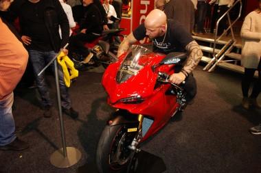 kurvenjäger | motorradfahrer-unterwegs.de - Motorradmessen 2015 - Ducati Panigale 1299