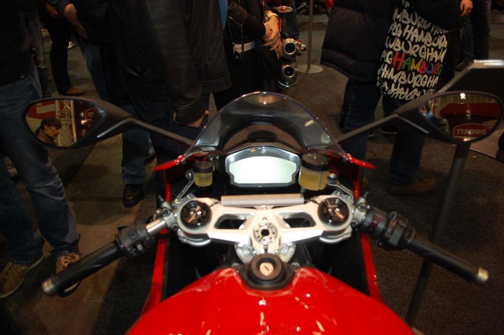 kurvenjäger | motorradfahrer-unterwegs.de - Motorradmessen 2015 - Ducati Panigale 899