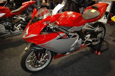 kurvenjäger | motorradfahrer-unterwegs.de - Motorradmessen 2015 - MV Augusta F4