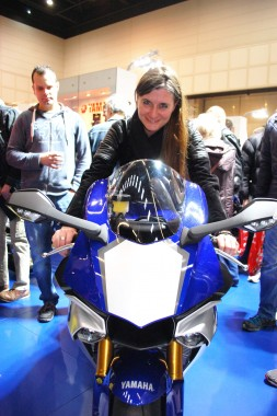 kurvenjäger | motorradfahrer-unterwegs.de - Motorradmessen 2015 - Yamaha R1