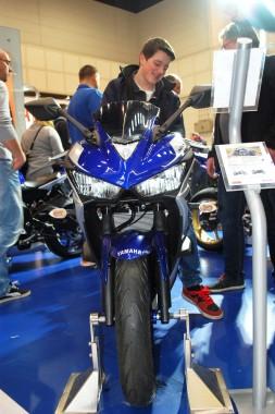 kurvenjäger | motorradfahrer-unterwegs.de - Motorradmessen 2015 - Yamaha R3