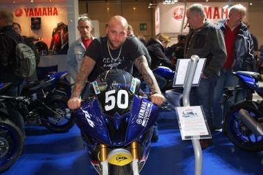 kurvenjäger | motorradfahrer-unterwegs.de - Motorradmessen 2015 - Yamaha R6 Supersport
