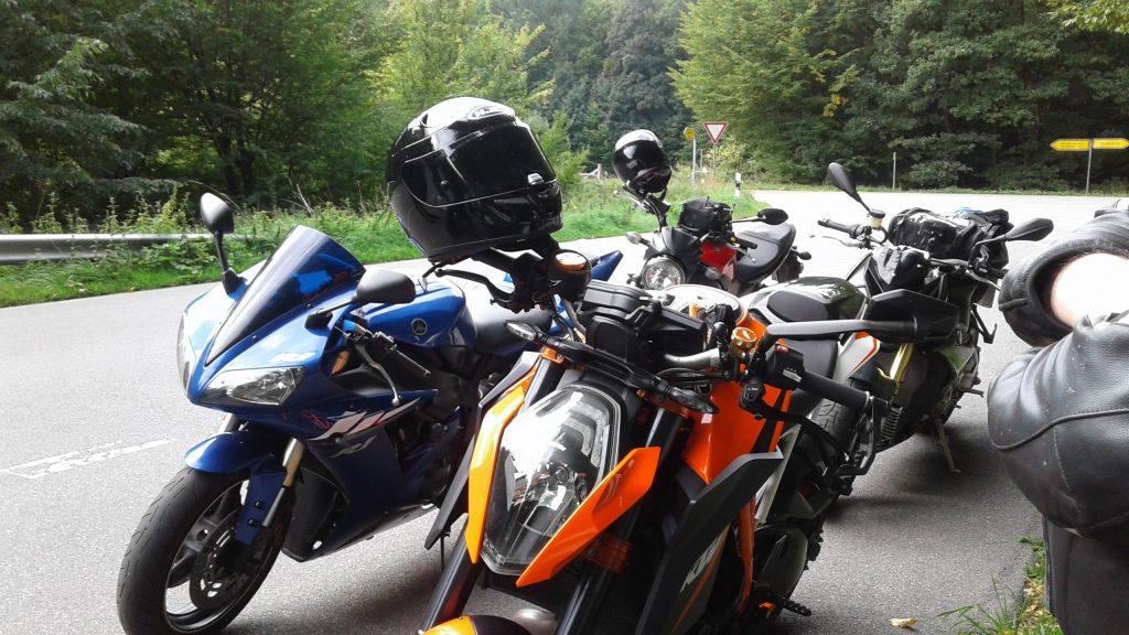Schnelle Kurven durch Norddeutschland zum Westensee | kurvenjäger - motorradfahrer-unterwegs.de