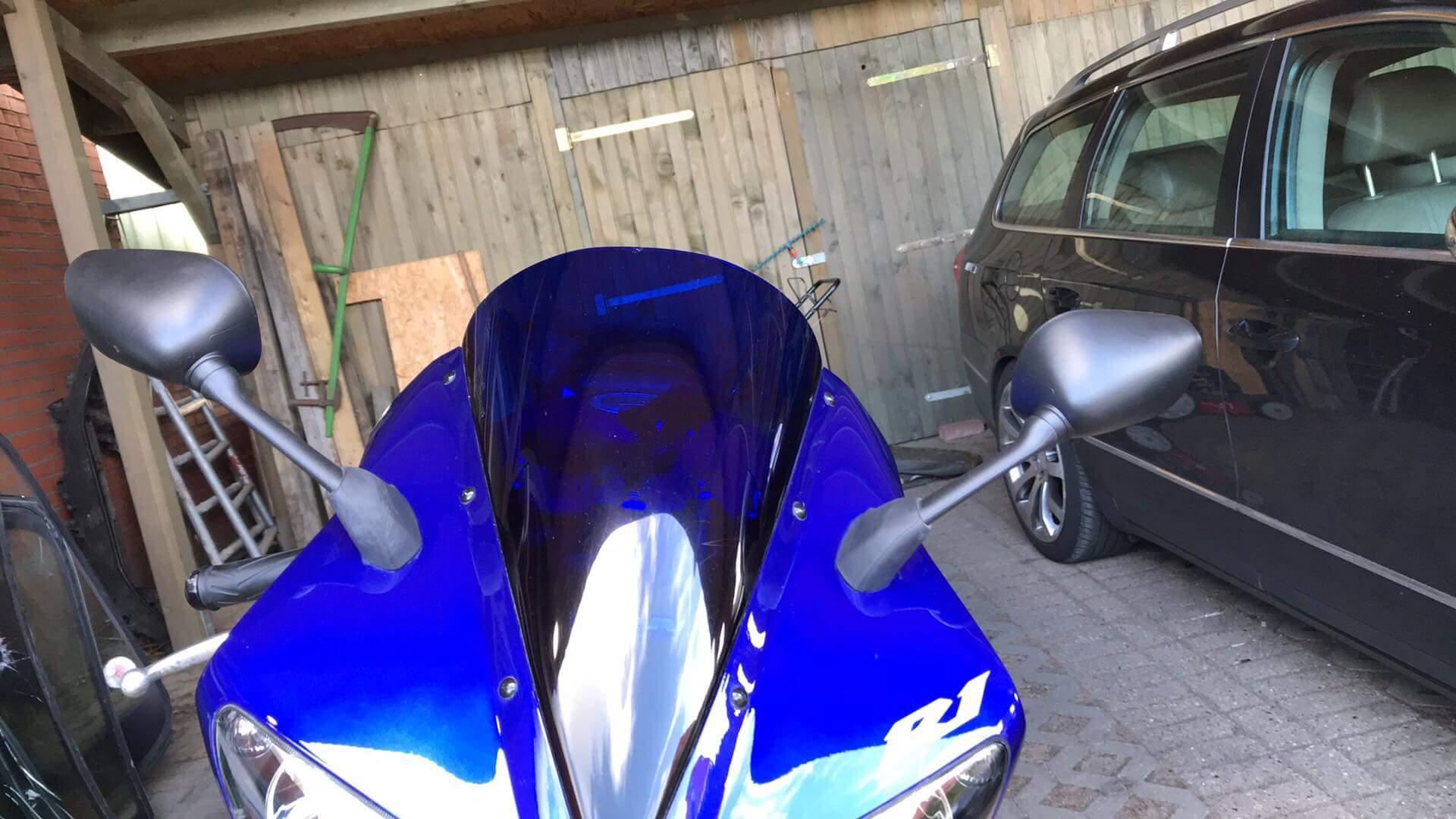 BB Fahrzeugtechnik: Neuer Spiegelsatz für Yamaha YZF-R1 RN09