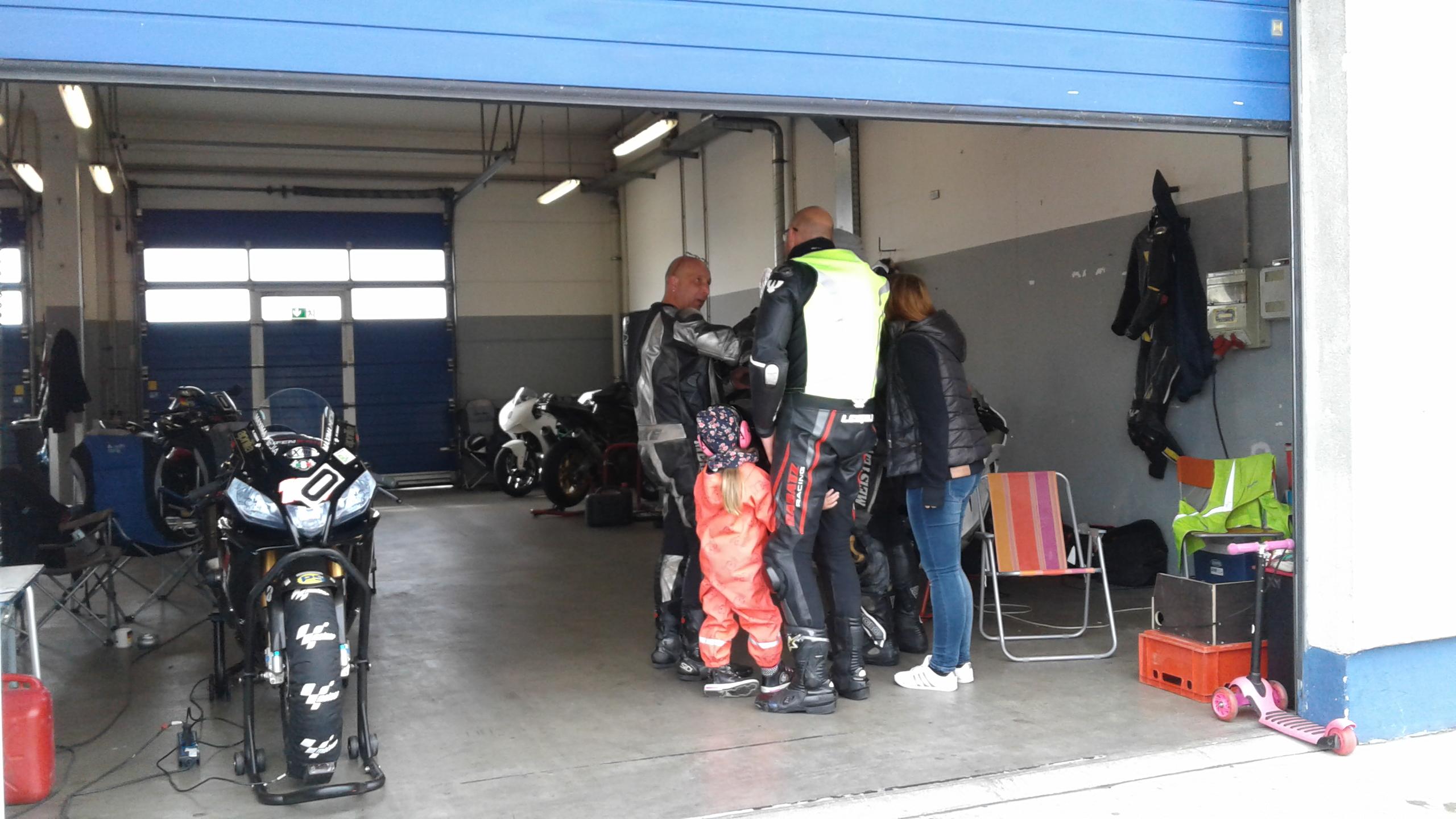Instruktor Box Motorsport Arena Oschersleben