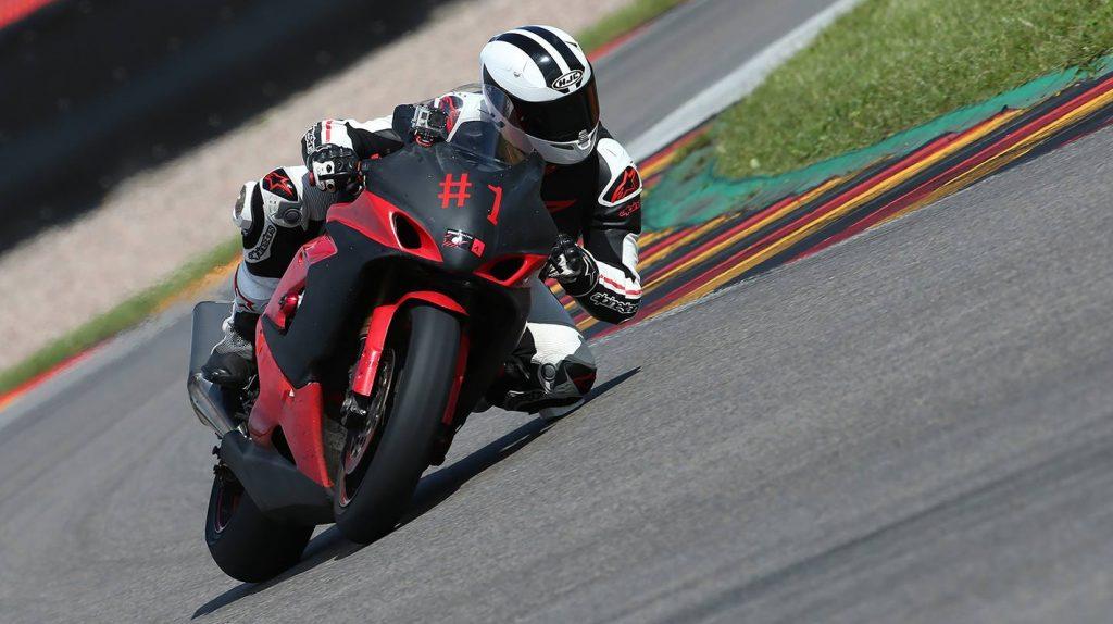 Motorrad Fahren - Lebensfreude oder Leichtsinn