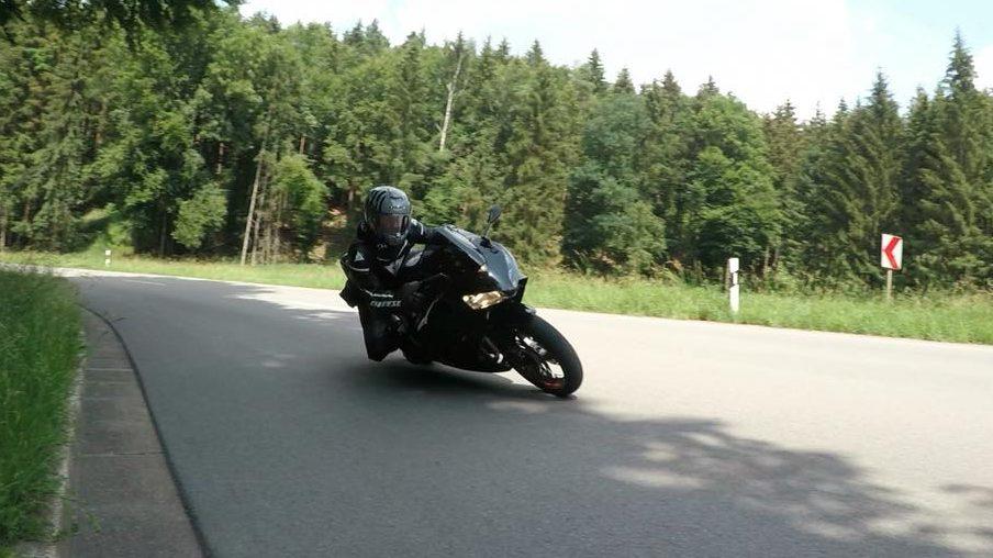 mythos motorrad fahren - lebensfreude oder leichtsinn | kurvenjäger - motorradfahrer-unterwegs.de