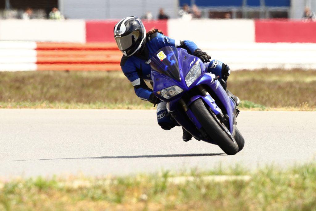 Motorrad Schräglagen- & Kurventechnik Training | Kurvenjäger - motorradfahrer-unterwegs