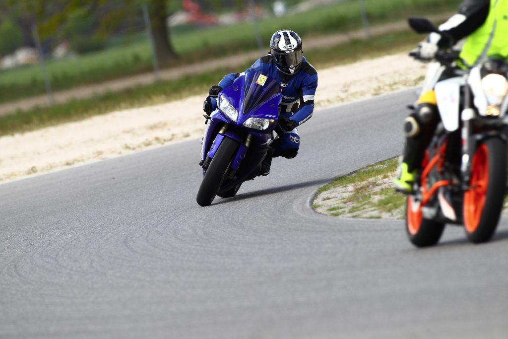 Kurvenfahren in Schräglage am Spreewaldring 2019, Tag 2 | Kurvenjäger - motorradfahrer-unterwegs