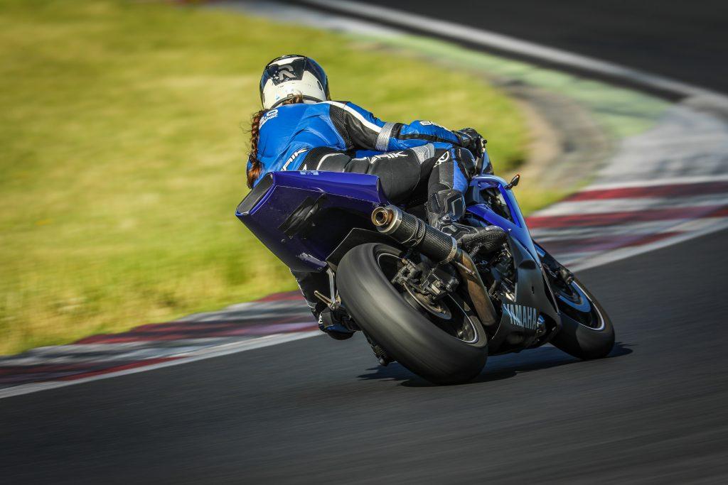 Kurvenfahrspaß & Schräglagentraining Rennstrecke Autodrom Most | Kurvenjäger - motorradfahrer-unterwegs.de