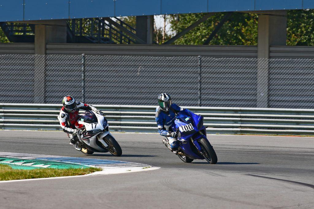 Freies Training Tag 2 TT-Circuit Schikane vor Start-Ziel
