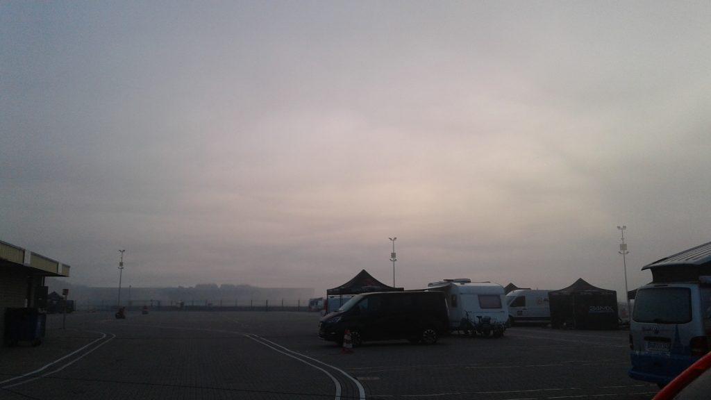 Nebel am Morgen Tag 1 freies Training Assen 2020