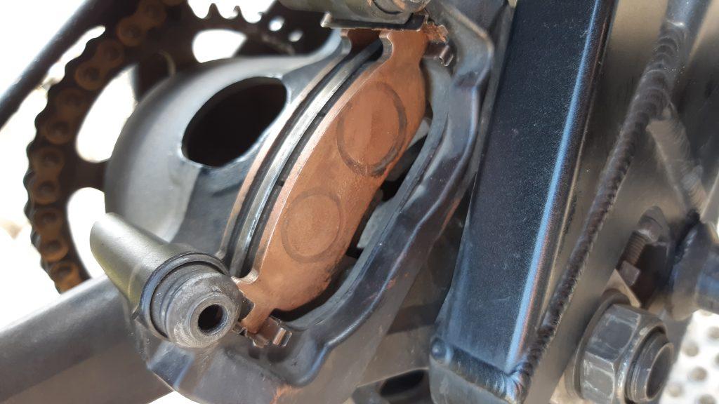 Sicherheits Check Bremsen Yamaha YZF-R1 | Kurvenjäger - motorradfahrer-unterwegs.de